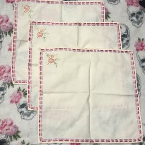 Antique Vintage Handkerchiefs Embroidered Set-3
